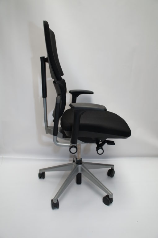 Steelcase Please Swivel Chair