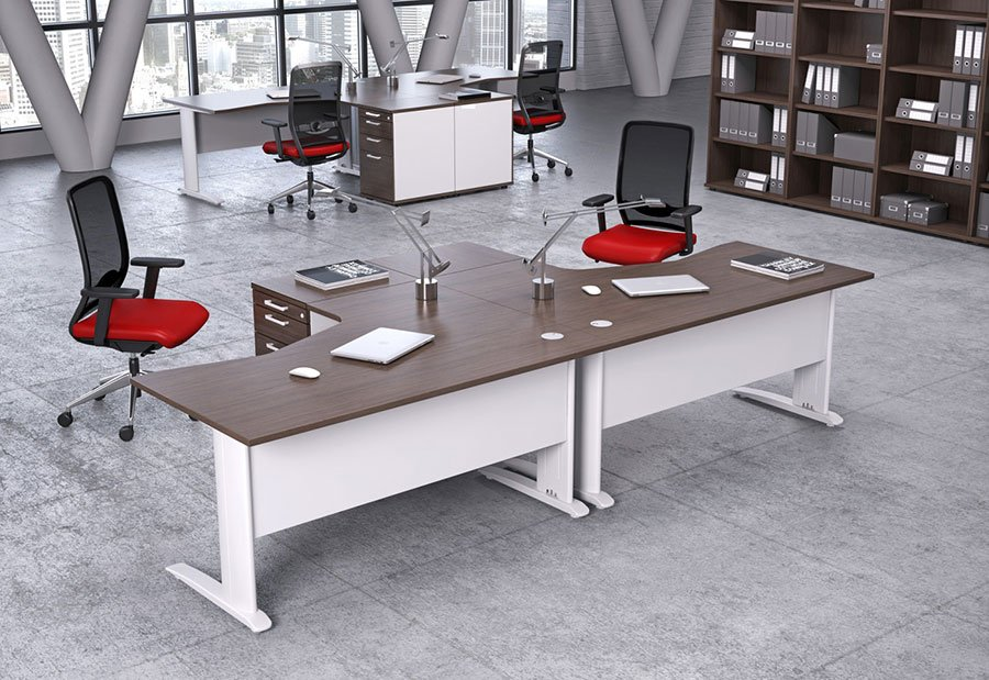 Komo Range Flexible System Workstations Cable Managed Legs Griffin Office